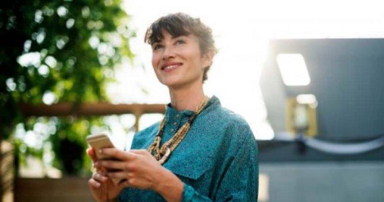 BEN JIJ EEN ambitieuze vrouw en wil jij het beste uit je gezondheid & je professionele leven halen?  Schrijf je in voor onze nieuwsbrief!